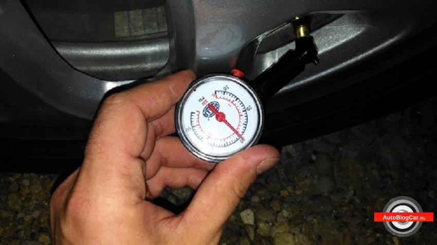 Renault Kaptur, рено каптур, рено каптюр, давление в шинах рено каптур, рено каптур накачиваем шины, какое давление должно быть в шинах, шины r16, шины r17, замеры давления, шины давление, как замерять давление, в атмосферах, давление в барах, сколько атмосфер, в передних колесах, видео, обзор, отзывы, инструкция, мануал, техническая документация, в рено