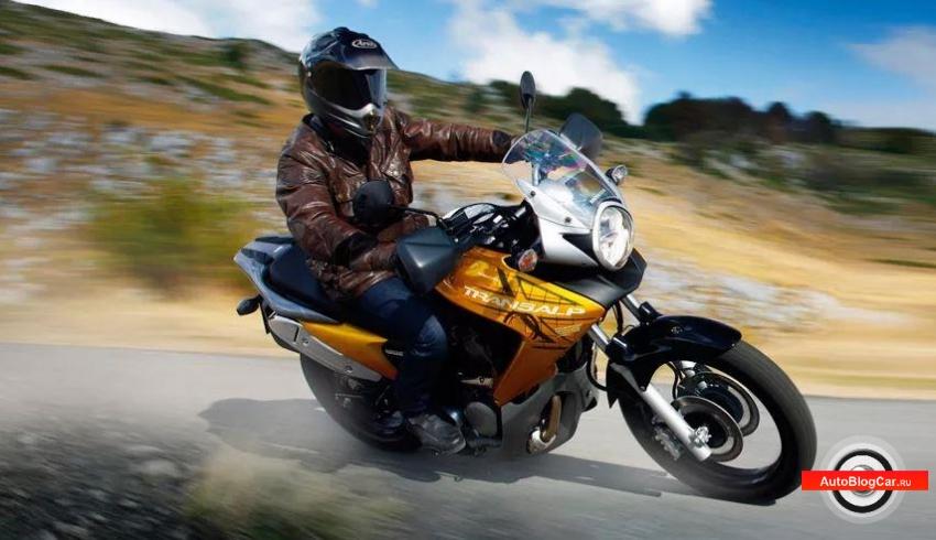 Управление мотоциклом (байком): особенности и преимущества. Безопасные способы прохождения поворотов