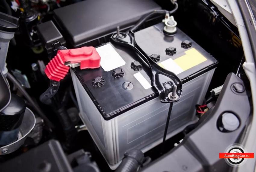 Как правильно заменить аккумулятор в автомобиле без вреда для бортовой сети?