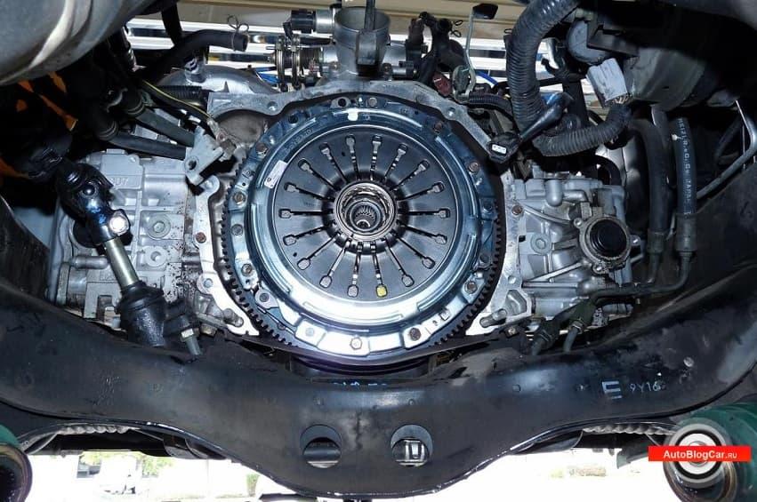 Сцепление в механической коробке передач: особенности, ресурс, симптомы износа и советы по замене