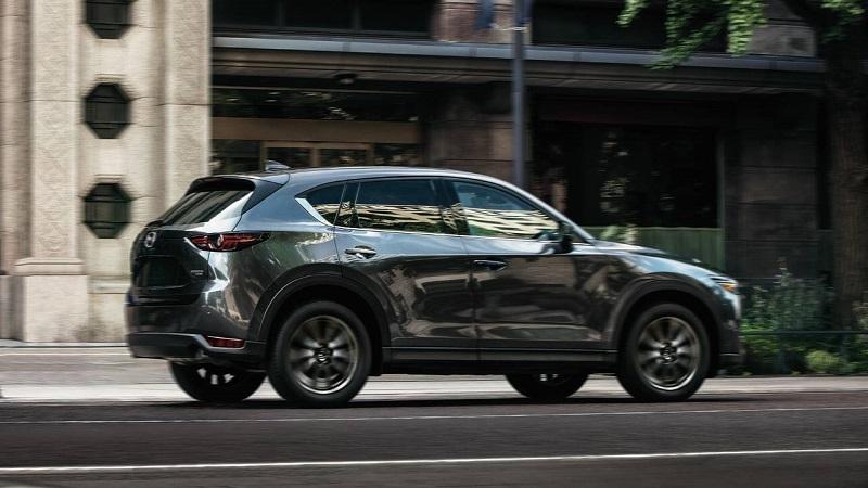 Mazda CX-5 2021, вид сбоку справа