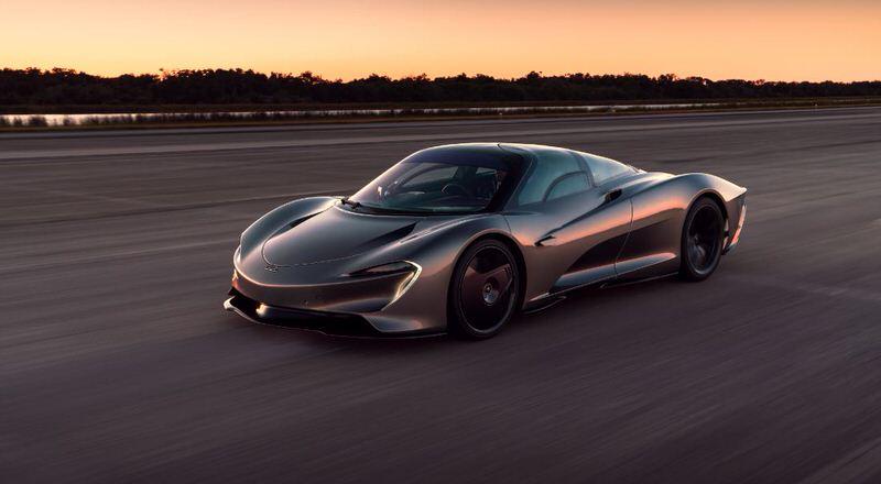 McLaren Speedtail 2021 года (402 км/ч)