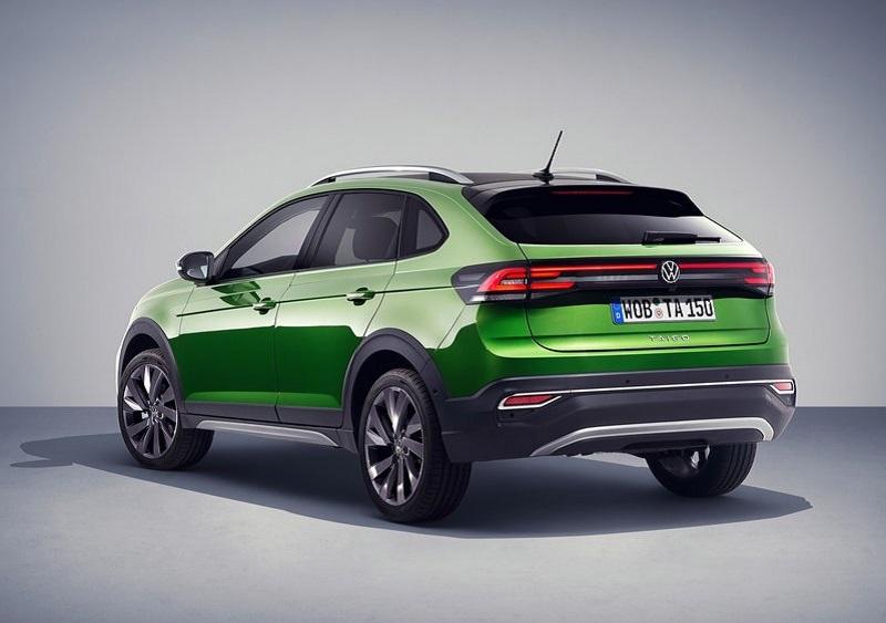 Volkswagen Taigo 2022, вид сзади и сбоку слева