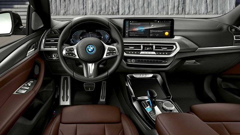 Салон BMW iX3 2022