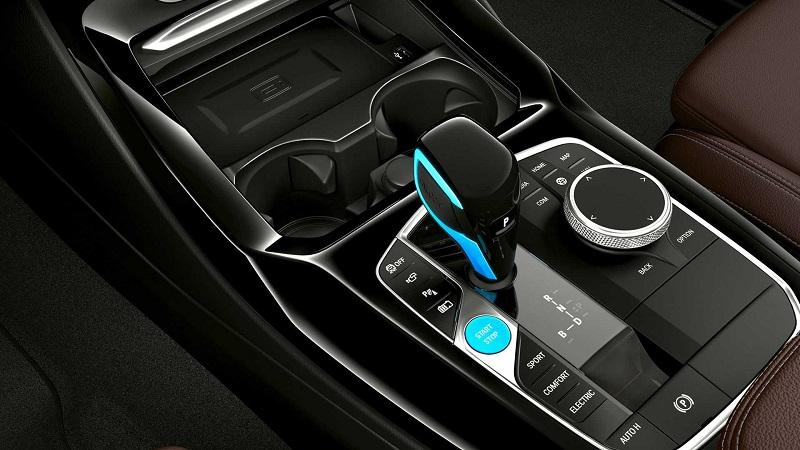 Салон BMW iX3 2022, рычаг КПП